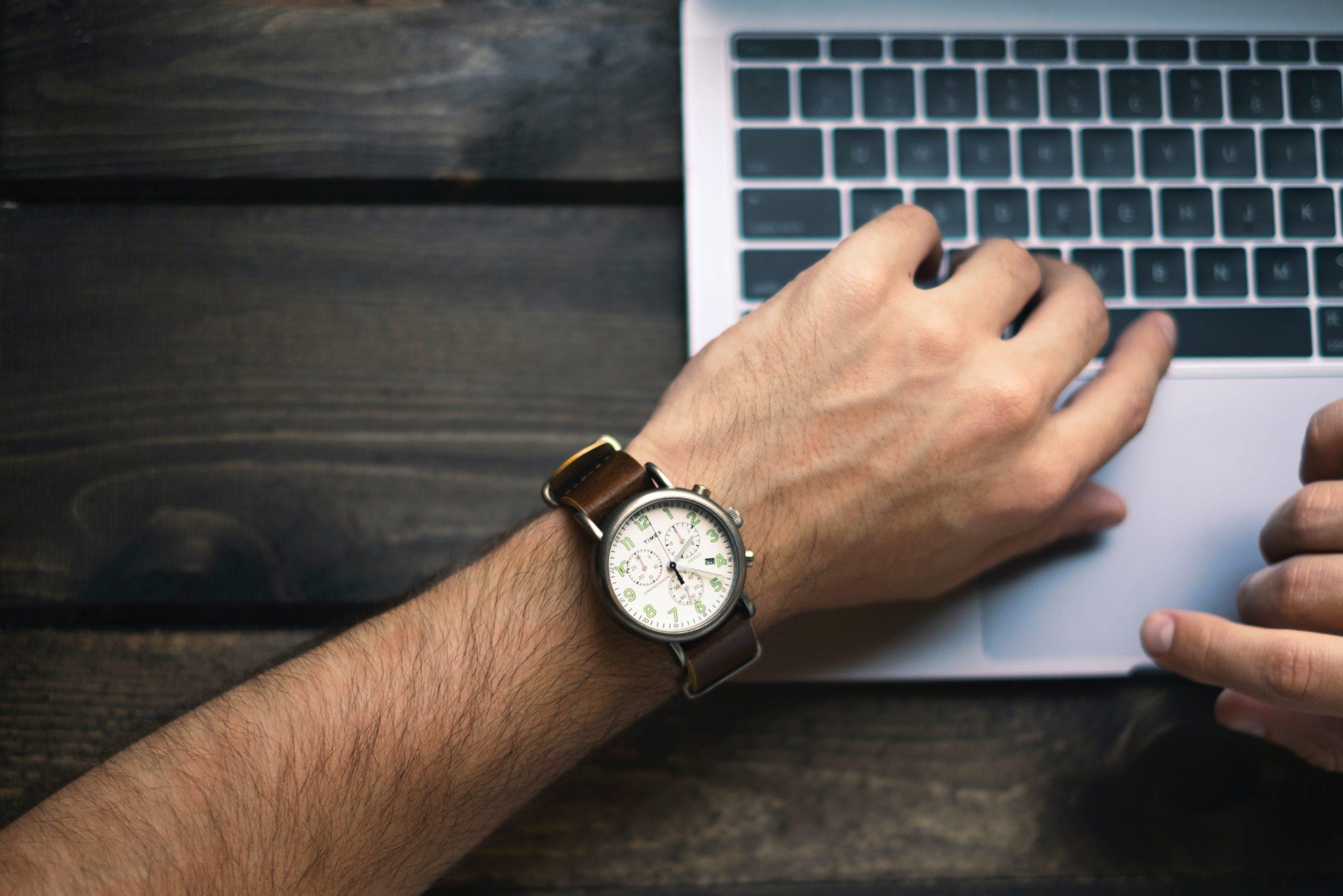 Facebook広告の時間帯指定配信のコツ